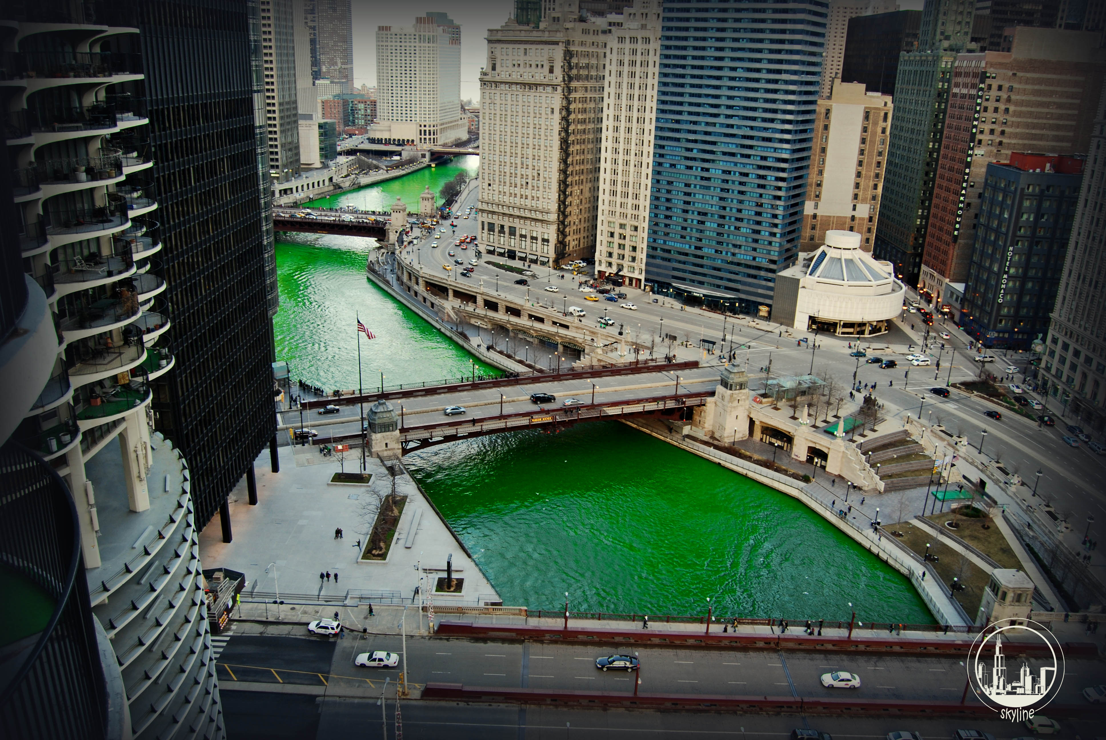 Chicago river green 2