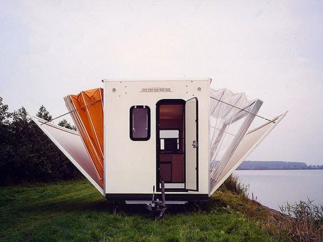 5804255-The-Marquis-Trailer-Transforms-into-the-Ultimate-Urban-Camper-01-1469510575-650-be3f7d331c-1470666571