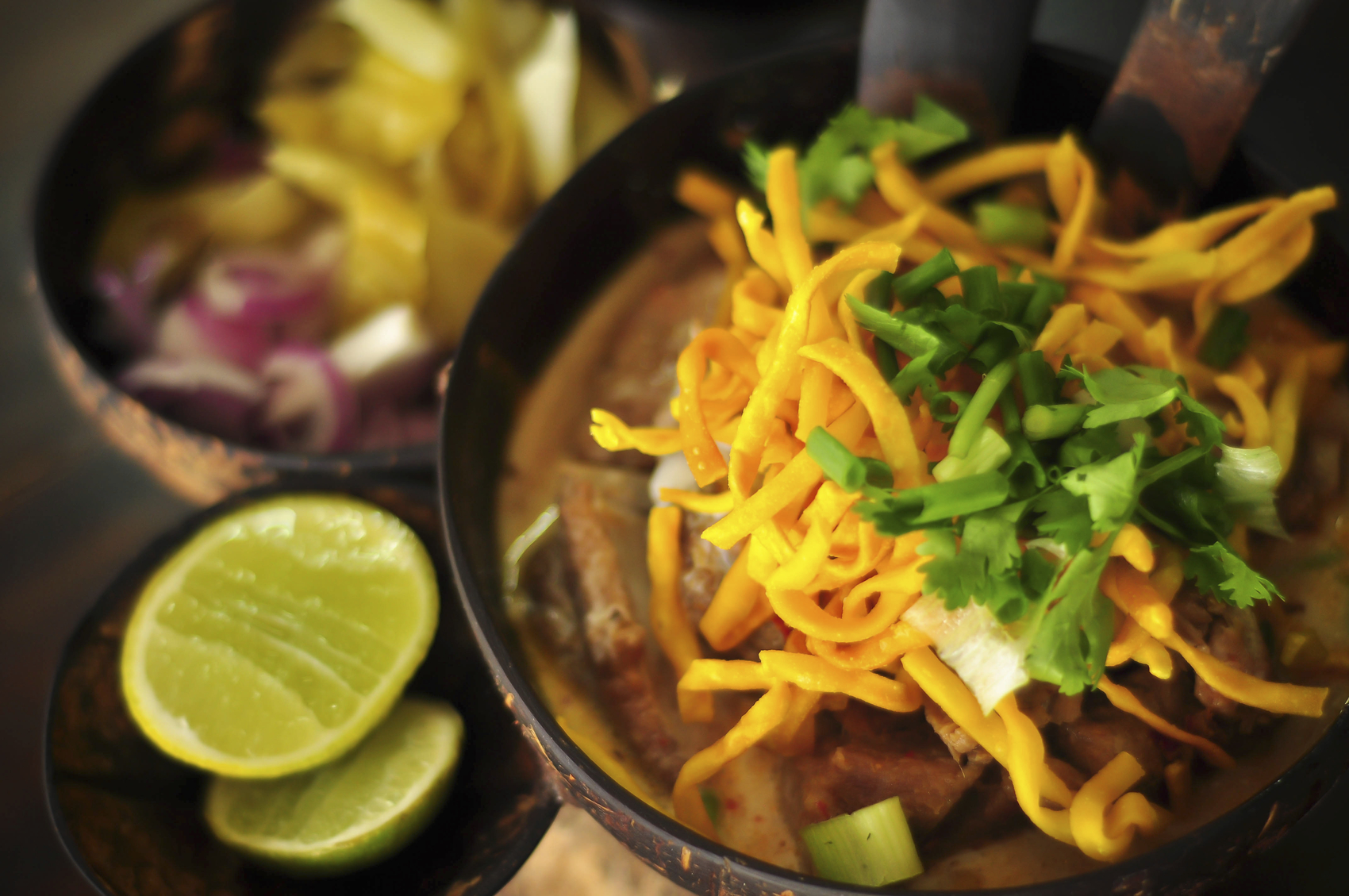 Khao Soi is the gastronomic culture of the people in northern Thailand.